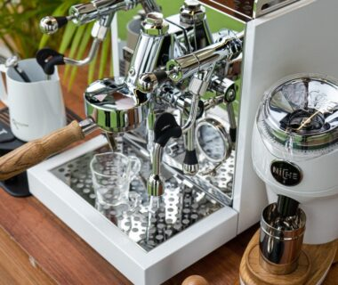 silver and brown coffee machine